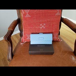 gucci women's wallet light blue
